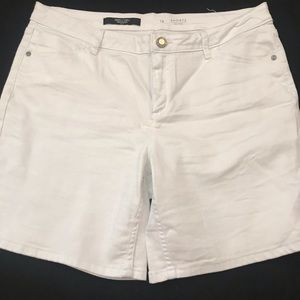 White Vera wang Jean shorts